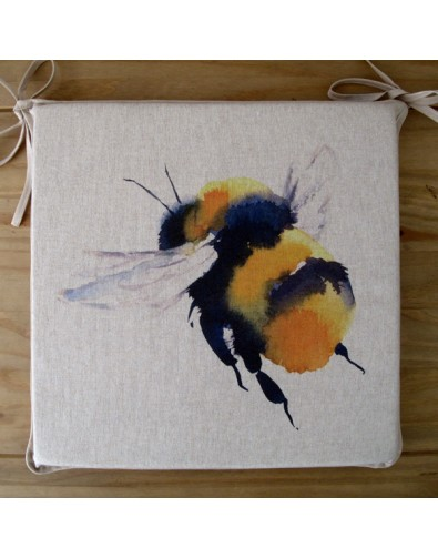 Queen Bee reversible square seat pads