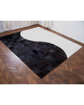 Contemporary Patchwork Cowhide Rug 520