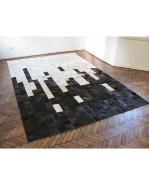 Black & White Random Patchwork Cowhide Rug 440